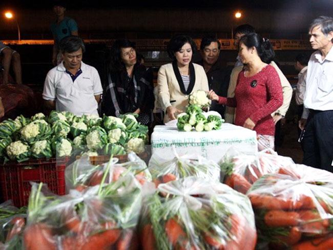 Tiếp nhận giải quyết thủ tục cấp giấy chứng nhận kiểm dịch sản phẩm động vật tại các cơ sở sơ chế, chế biến, kinh doanh vận chuyển ra khỏi địa bàn thành phố Hồ Chí Minh